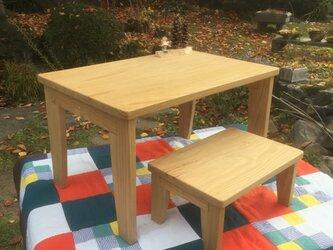 お絵かきテーブルセット(国産無垢材使用)の画像