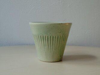 緑のカップの画像