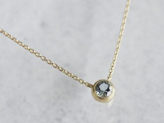 Aquamarine bezel necklace {P062K18YGAQ}の画像
