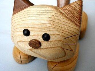 ネコのスマホ&携帯電話スタンド(セン材-白系タイプ)の画像