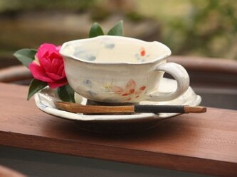 粉引花絵カップ 椿の画像
