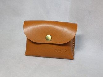 ヌメ革 手のひらサイズ手縫いのカードケース(キャメル色)の画像