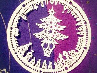 Paper Snow Crystal Ornament / 切り絵のオーナメント/1枚の画像