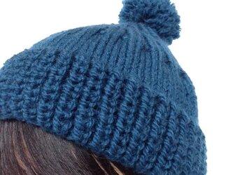 大人のボンボンニット帽[blue]の画像