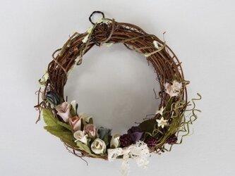 ミニバラの布花リースの画像