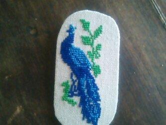 ウクライナ刺繍・クロスステッチ・ブローチ・青い鳥の画像