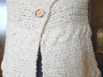 手編みケープ ボーダーの画像