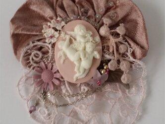 ブローチ ピンクエンジェルの画像