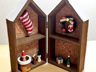 white Christmas ハウスの画像