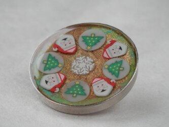 クリスマスのくるみボタン(サンタとツリー)ゴールド の画像