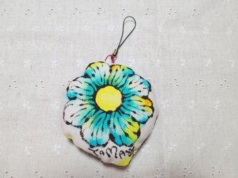 お花のストラップ(エメラルドグリーン) 02の画像