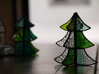ステンドグラス クリスマスツリー fの画像