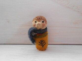 男の子 陶土☆刺繍ブローチの画像
