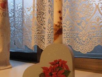ハートの形のキャンドルスタンドの画像