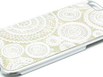 iPhone6/6s 天然貝ケース(合金チタンシルバー・ホワイトレース)<螺鈿アート>の画像
