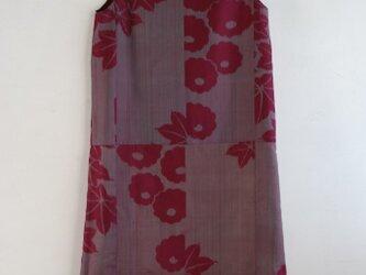 絹 赤紫 ノースリーブワンピース Mサイズの画像