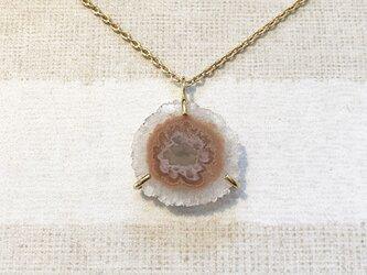 フラワークオーツのネックレスの画像