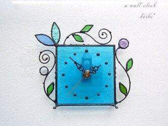 ステンドグラス*掛け&置き時計・水色のアラベスクの画像