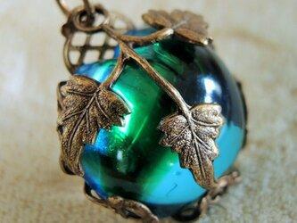 【ヴィンテージアンティーク】オーストリア 青りんご ネックレスの画像