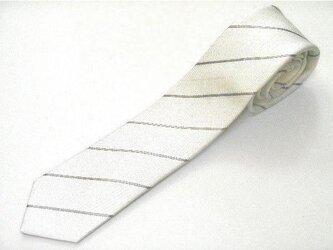 ネクタイ ストライプ フォーマル 白 プラチナ糸の画像