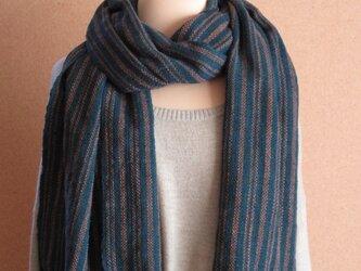 納戸藍の手織りあたたかストールの画像