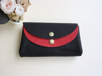 ピッグスキンの小さなお財布 黒×赤の画像