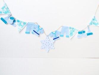 初のブルーバージョン★サンタさんの服洗濯中!?ガーランドの画像