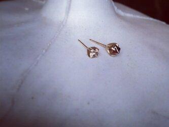 K10 rough diamond Asymmetry pierceの画像