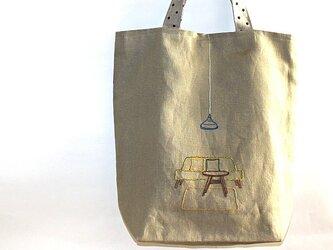 「おうちでまったり」手刺繍リネンマチつきトートバッグの画像