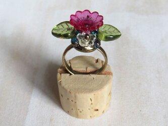 プラフラワーの指輪(クリアピンク)の画像