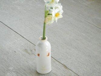 ミニ一輪挿し 乳白瓶の画像