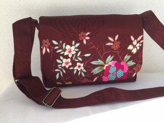 帯バッグ〜アンティークの刺繍〜の画像