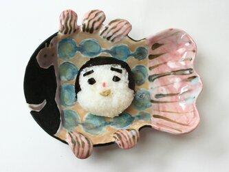 魚の皿 /磁器 /陶芸家 /可愛い食器 /子供食器 / キッズ食器 / potteryの画像