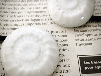 再販 磁器 ヘアゴム スカビオサ 白 の画像