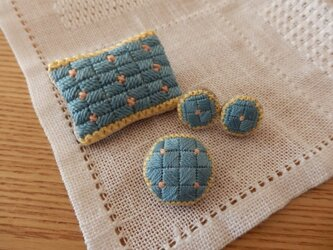 Blue tile brooch & pierceの画像