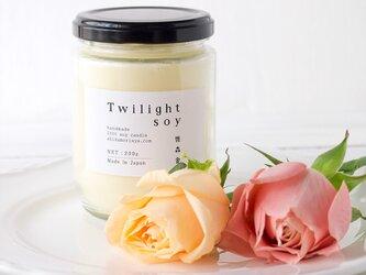アロマキャンドル 宵のゆったりしたひと時の穏やかなフローラルブレンド L (Twilight)の画像