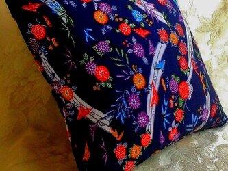 オーダー受注品★☆新品丹後縮緬帯のミニ・クッションカバー☆【遊び心たっぷりの花柄/海外へのお土産/インテリアに】☆★の画像