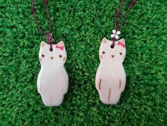 猫のネックレスの画像