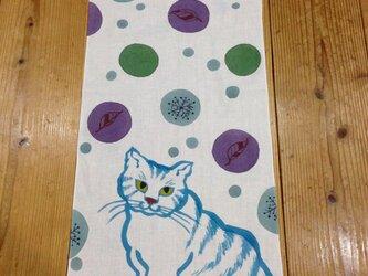手描き染め~ 猫と雪 ~手ぬぐいの画像