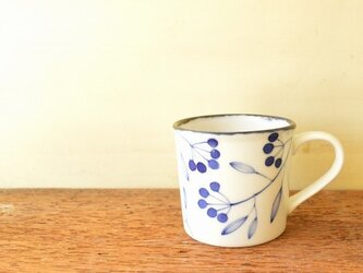【ご予約分1512-04】青い小枝のシリーズ マグカップとカップ&ソーサーの画像