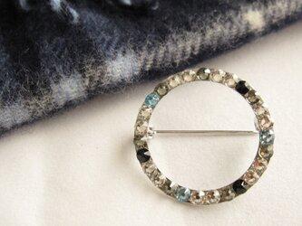 スワロフスキーのリング型ブローチ☆アクアマリンの画像
