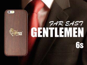 《FAR EAST GENTLEMEN》 iPhone6/6s 4.7inch 箔押しゴールド...超軽量ウッド調ケースの画像