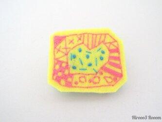 #イロカラ刺繍ブローチ ISB007の画像