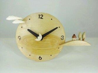 木製時計-丘の家(樺)の画像