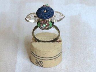 お花の指輪(ボタン)2の画像