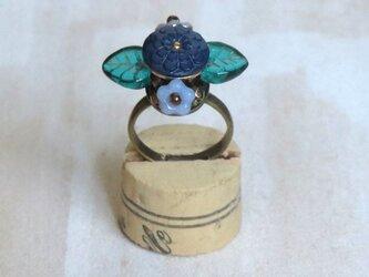 お花の指輪(ボタン)3の画像