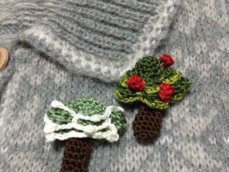 手編みブローチ♪クリスマスツリーの画像