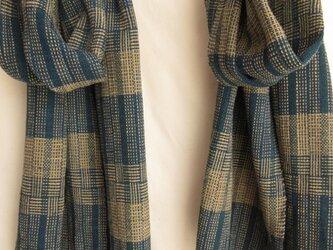 藍の網代の手織りあたたかストールの画像