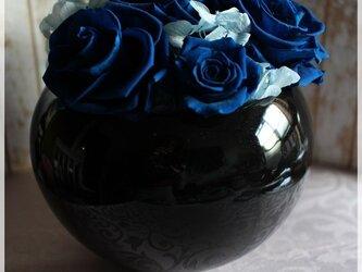青バラと紫陽花のプリザーブドフラワーの画像