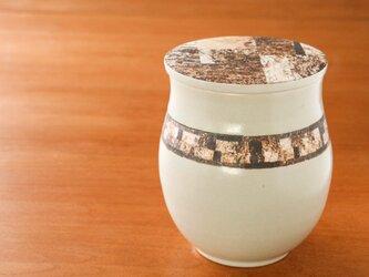 伊豆土のふたの水指の画像